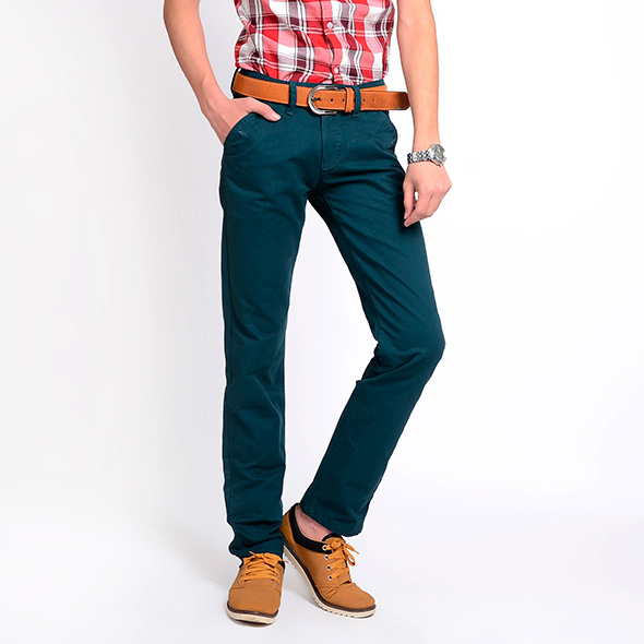 model-straight-cut-jeans-for-men